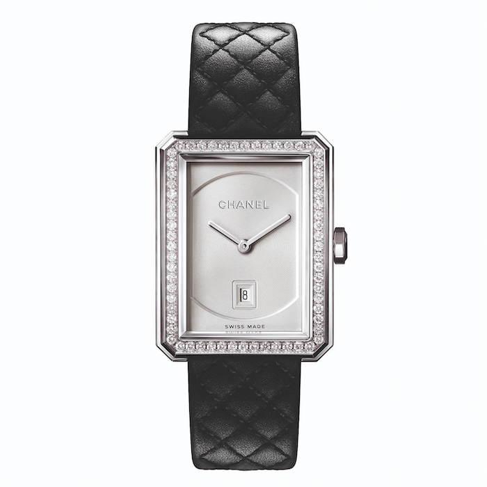 シャネルの腕時計「ボーイフレンド」