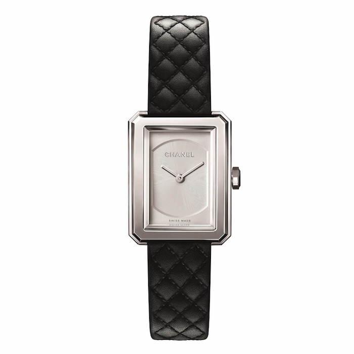 シャネルの腕時計「ボーイフレンド」2